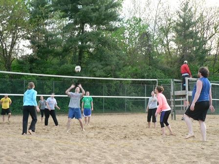 2015 Sand volleyball set for spike